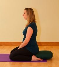 beliau bertanya tentang apa yang harus dilakukan apabila kliennya mengalamiPubic Symphys Yoga bagi penderita Pubic Symphysis Dysfuction (PSD)