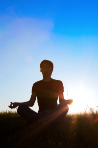 You may not always be able to practice yoga in nature, but you can bring nature to you by using essential oils to incorporate the aromas of our natural world into your yoga practice.